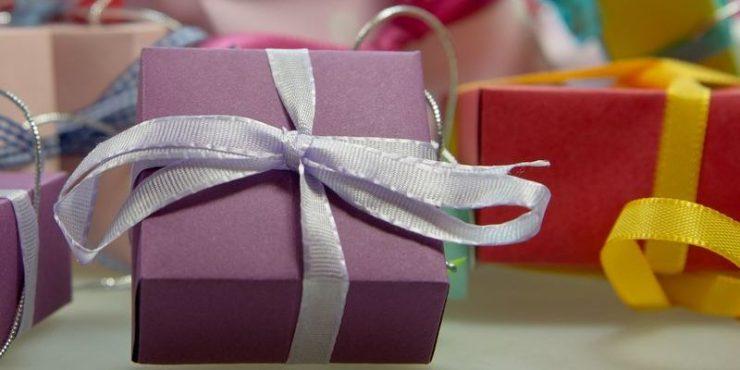 Holiday Incentives